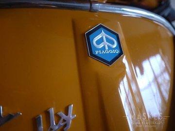 Piaggio embleem zeshoek groot v.a. 1968 GTR/Super/Sprint/SS180/Rally