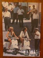 Poster vespa Primavera wit, 2 girl
